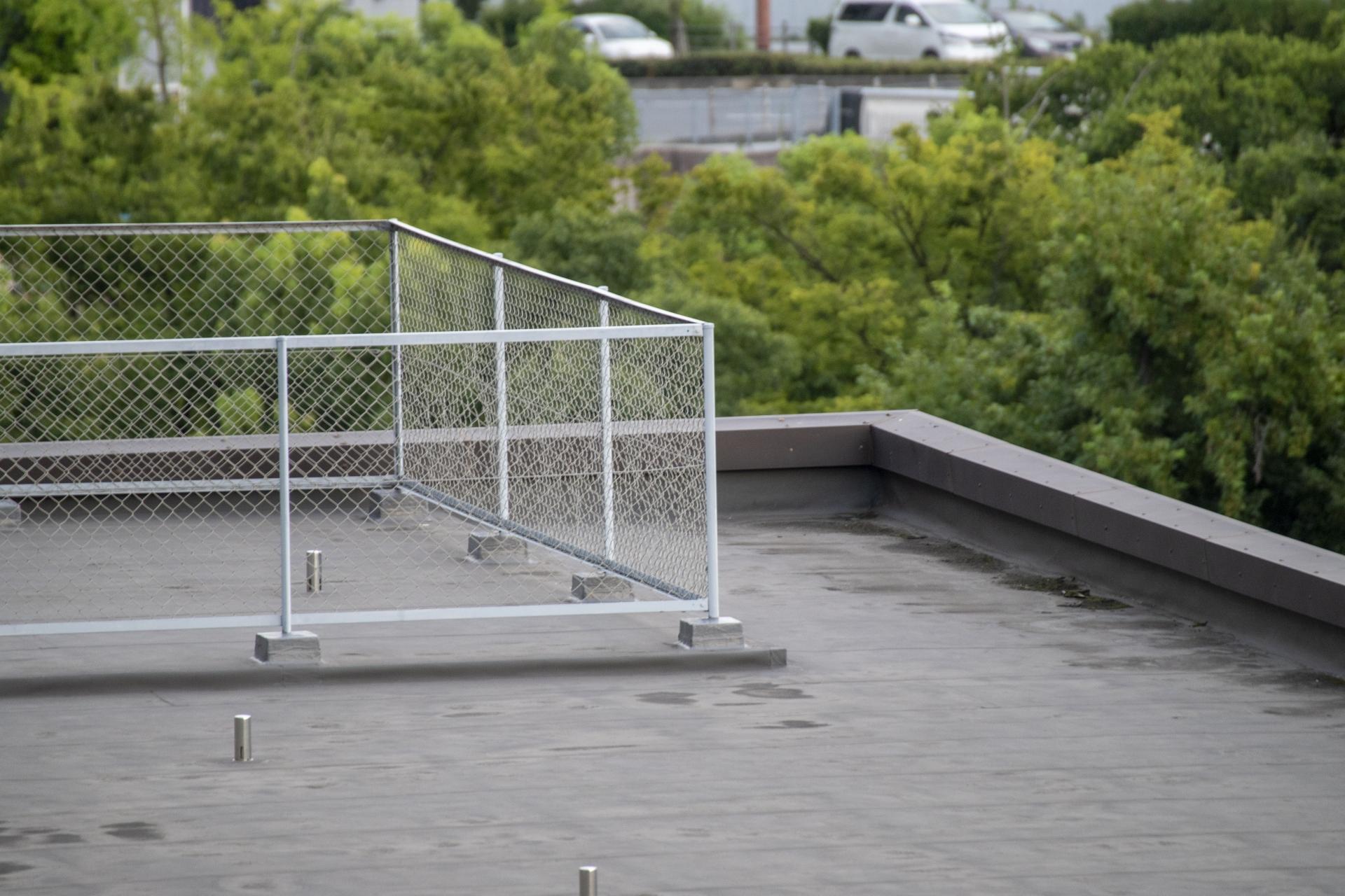 マンション改修で見落としがちな屋上防水工事の重要性とは