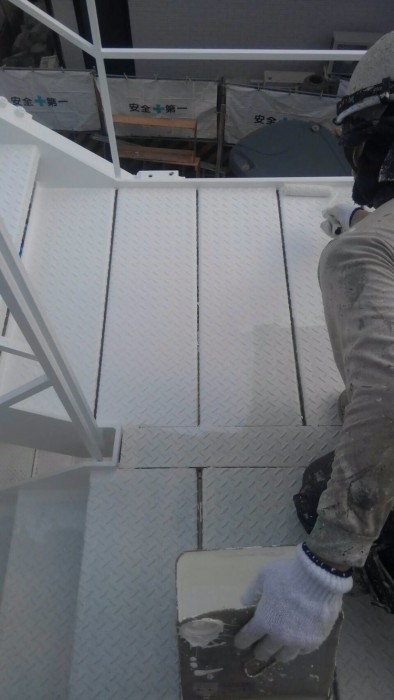 株式会社 泉 鉄骨階段塗装